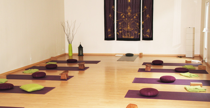 stages bien tre brest yoga yoga derviche biodanza danse orientale mandalas. Black Bedroom Furniture Sets. Home Design Ideas